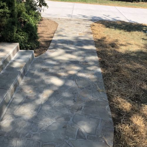 Pennsylvania Variegated Flagstone Stoop and Sidewalk in Lorton, Virginia - Wright's Concrete