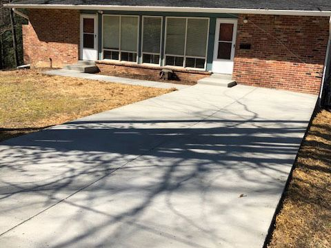 Concrete Driveway and Sidewalk in Annandale, Virginia